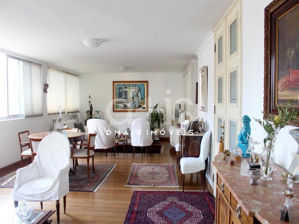 Apartamento à venda  no Jardins